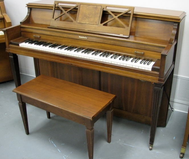 1977 Baldwin Spinet Piano