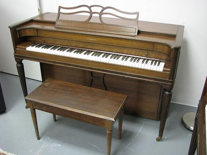spinet piano acrosonic