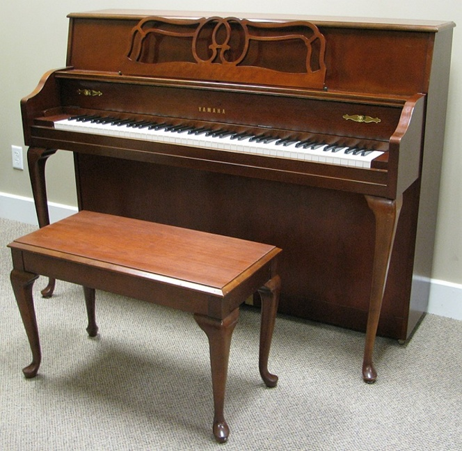 1994 yamaha m500 queen anne console - Yamaha console piano models ...