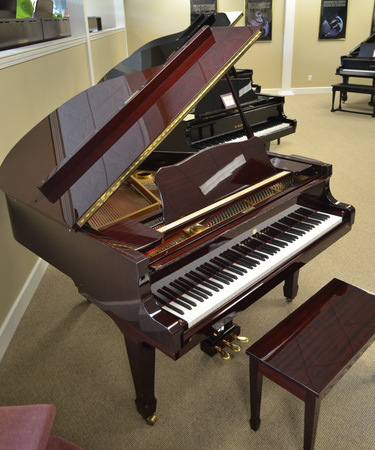 1991 young chang baby grand piano. Black Bedroom Furniture Sets. Home Design Ideas