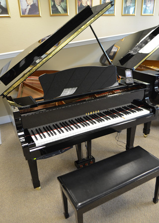 2007 yamaha dc3 grand piano with disklavier for Yamaha disklavier grand piano