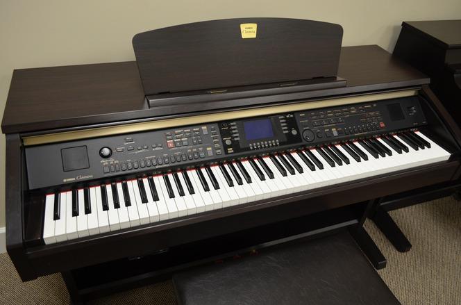 Yamaha clavinova cvp 301 digital piano for Yamaha digital piano clavinova