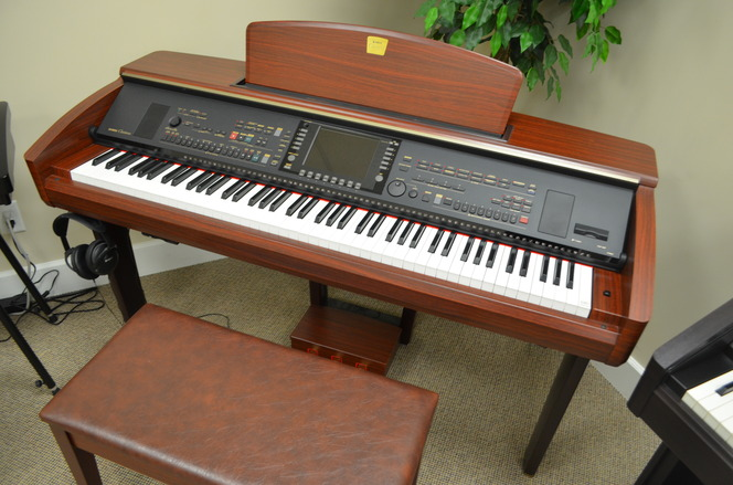 Yamaha Clavinova CVP-307 Digital Piano - Digital Pianos
