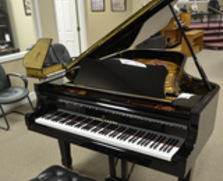 Young Chang G213 Grand Piano