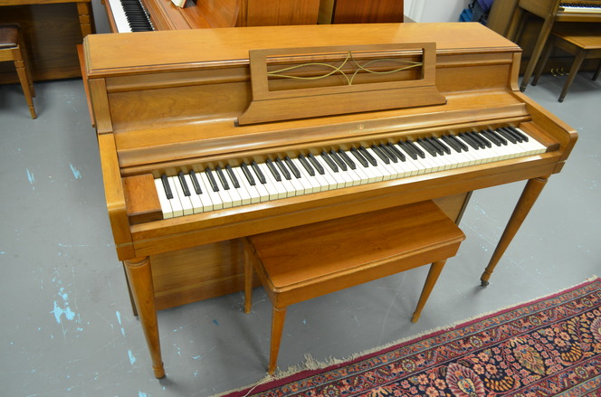 1961 Wurlitzer Spinet Piano - Upright - Spinet Pianos